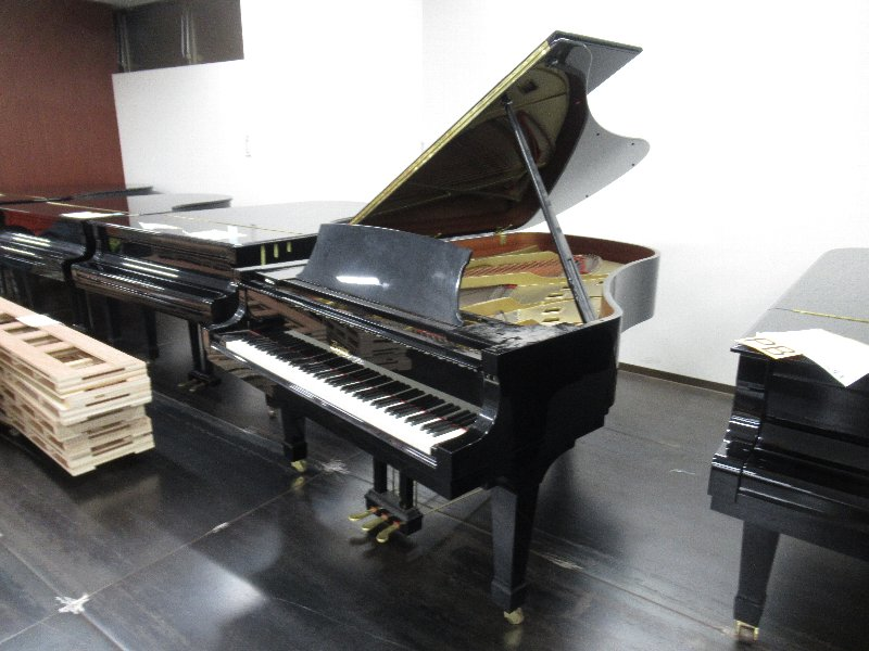 中古グランドピアノ【ボストン/GP218Ⅱ】大阪