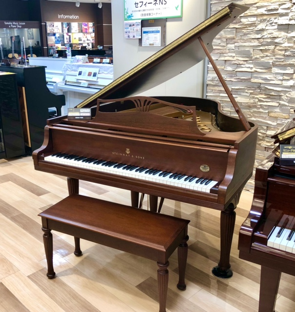 中古グランドピアノ【スタインウェイ/M型】M-170 140周年アニバーサリーモデル 愛知サロン